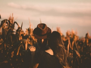 Things To Discuss About Your Past Life With Your Partner