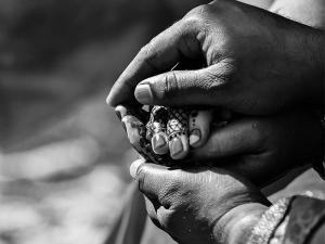 Ways To Rebuild Broken Trust In A Relationship In Tamil