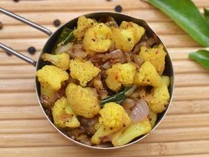 Chettinad Style Cauliflower Pepper Fry Recipe In Tamil