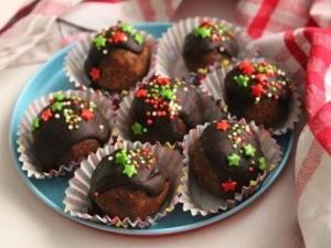 Christmas Special Plum Cake Balls Recipe In Tamil