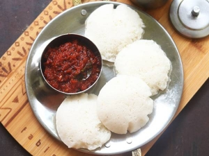 Chettinad Vara Milagai Chutney Recipe In Tamil