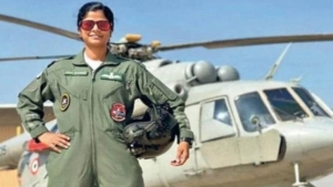 Lieutenant Swati Rathore The First Woman To Lead Republic Day Parade Flypast