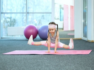 Yoga Asanas Your Kids Can Try At Home