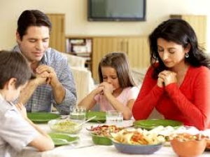 The Importance And Benefits Of Family Mealtime