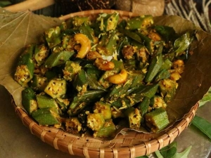 Bhindi Cashews Poriyal Recipe In Tamil