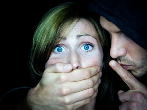How To Identify And Respond To Verbal Abuse In A Relationship