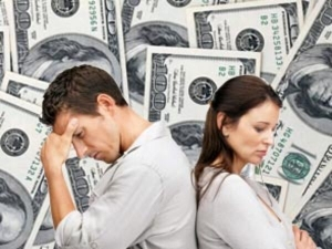 Signs Your Partner Is After Money Not Love