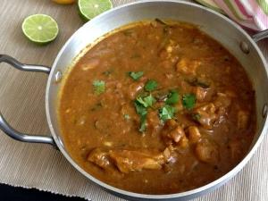 Muniyandi Vilas Chicken Kulambu Recipe In Tamil