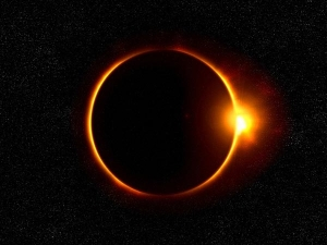 Solar Eclipse 2021 Date Time When Where And How To Watch In India In Tamil