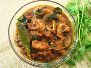 Chettinad Style Pepper Mushroom Recipe In Tamil