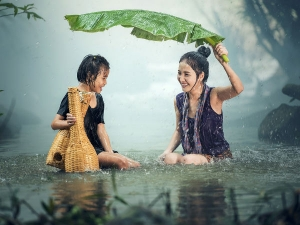 What You Should Eat And What You Should Not In Monsoon