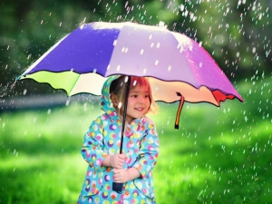 Things You Must Do To Protect Kids In Monsoon
