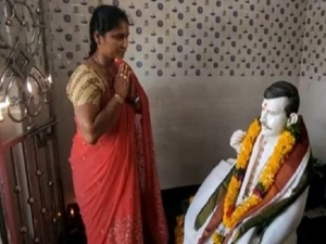 Andhra Woman Builds Temple For Dead Husband