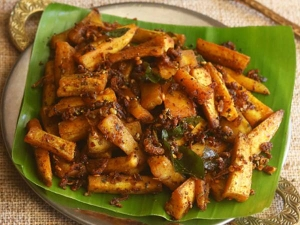 Chettinad Vazhakkai Varuval Recipe In Tamil