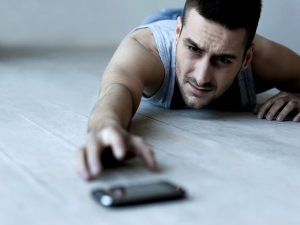 Health Reasons To Take A Break From Your Cell Phone