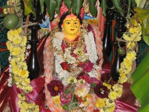 Swarna Gowri Vratham Date Shubh Muhurat Significance And Importance In Tamil