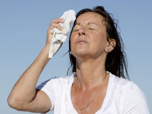 Ways To Reduce The Symptoms Of Menopause In Tamil