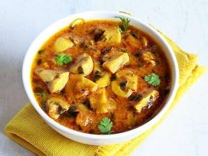 Methi Mushroom Gravy Recipe In Tamil