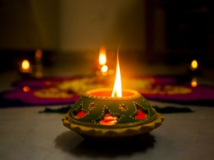 Navratri Akhand Jyoti Know The Rules And How To Keep The Lamp Lit For Nine Days In Tamil