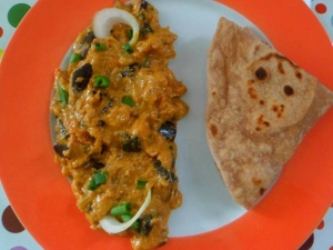 Curd Brinjal Gravy Recipe In Tamil